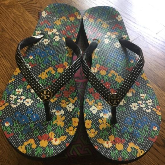 a890d96ac48d Shoes - Tory Burch Iris Garden Flip Flops - Size 8